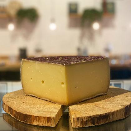 ost, Söt smak och fuktig, ost till vin , ostbricka